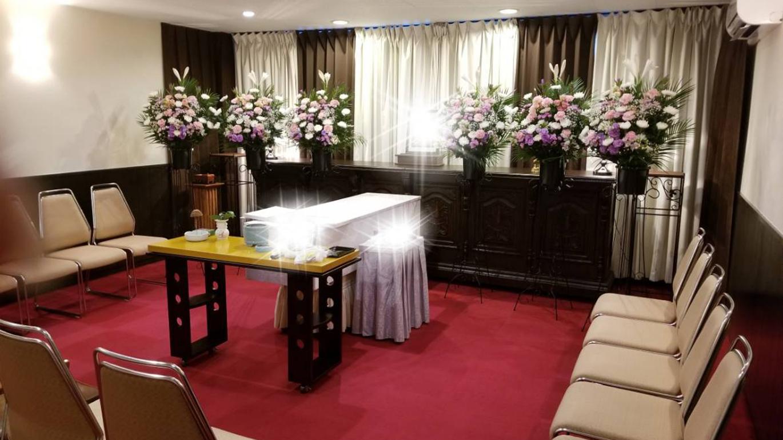 小さな火葬式 祭壇2